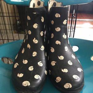 Anthropologie Snail Rainbooties